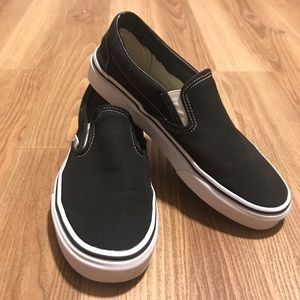 Black Vans Slip-on's